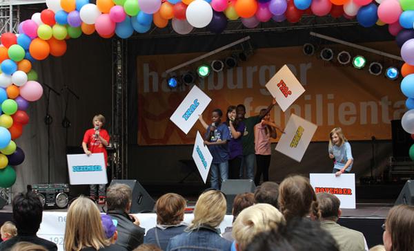 Junge Dichter und Denker beim KinderKinder ev Festival